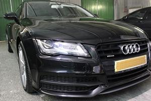 Audi A7, Полировка кузова автомобиля, нанесение нанокерамики, глубокая очистка дисков, чернение резины.