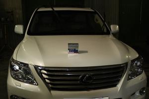 """Lexus LX 570 Комплекс по уходу: Химчистка салона, полировка кузова, защита кузова нанокерамикой, обработка стекол нанопокрытием """"Антидождь"""", обработка кожи кондиционером."""