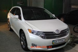 Toyota Venza, легкая очищающая полировка и нанесении защитного нанопокрытия C.QUARTZ.